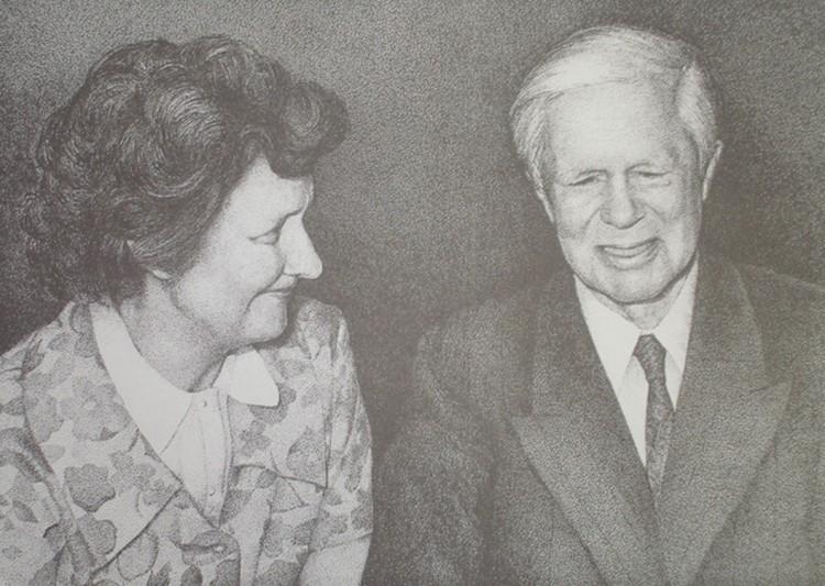Исхак Ахмеров с женой Хелен Лоури. Фото из архивов КГБ
