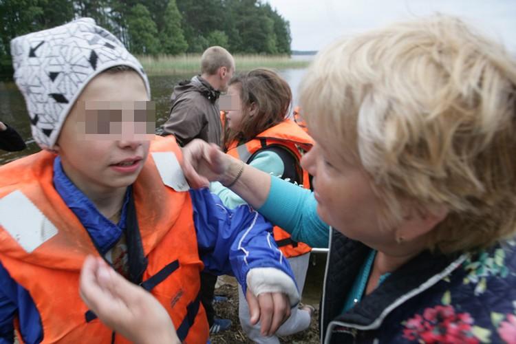 Спасти удалось более 30 школьников Фото: Игорь Подгорный/ТАСС