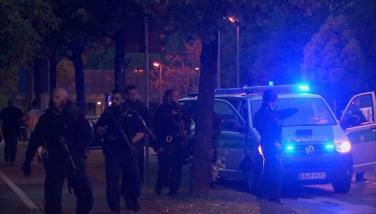 Представитель полиции говорит, что в настоящее время нет доказательств, что теракт был связан с исламистами
