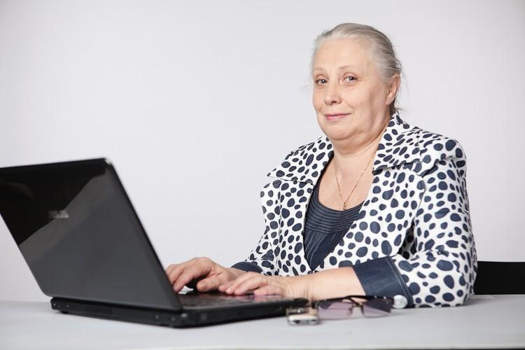 Во многих отделениях ПФР пенсионеры могут пройти бесплатные курсы компьютерной грамотности.