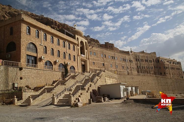 Когда-то здесь жили и работали 7 тысяч монахов.