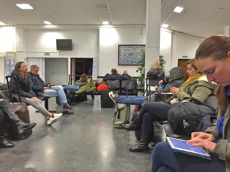 Журналисты кремлевского пула, летевшие на саммит АТЭС в Лиме, застряли в Лиссабоне