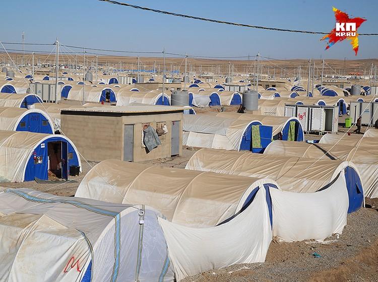 Вид на лагерь беженцев из Мосула.
