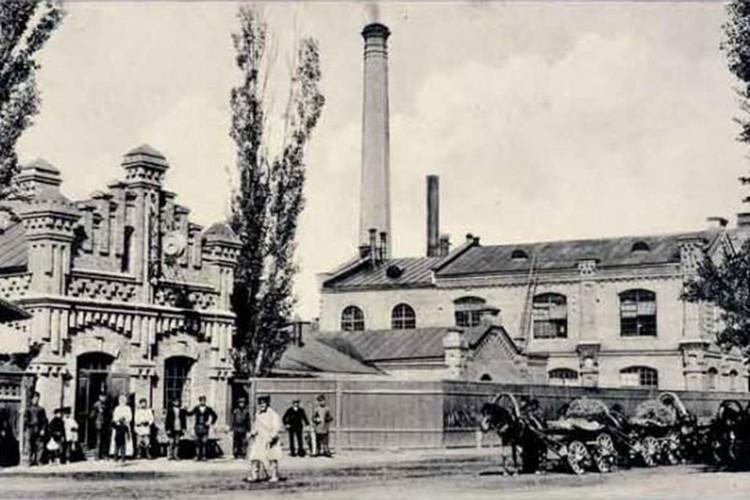 Добрушская бумажная фабрика сто лет назад была передовым предприятием. Фото: Змитрок ПАВЛИНКОВИЧ