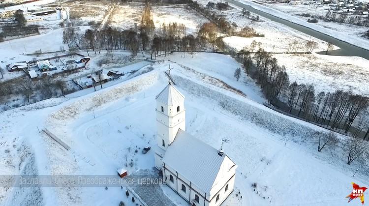 Беларусь хороша и летом, и зимой.
