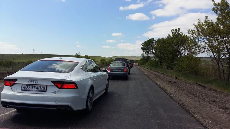 Самые длинные пробки летом на Феодосийской трассе.