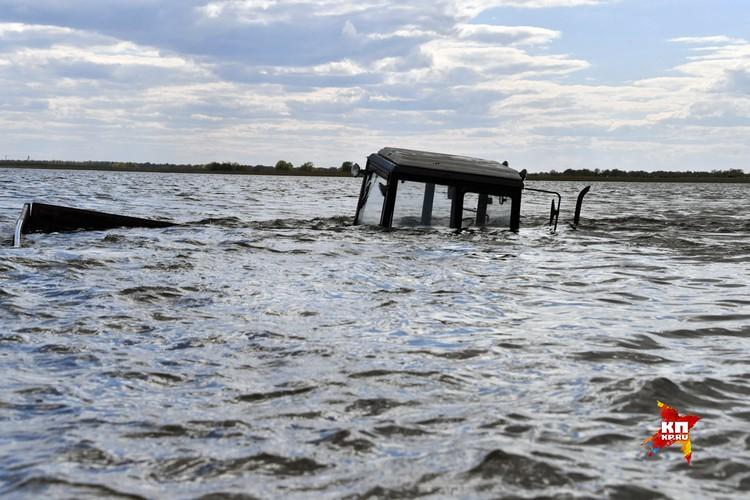 Большая вода полностью отрезала местных жителей от цивилизации