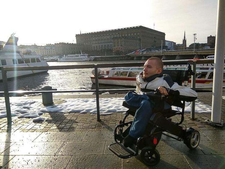 Долгое время 31-летний Валерий Спиридонов фигурировал в качестве человека, чья голова первой будет пересажена на новое тело