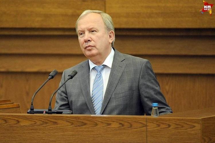 Василий Жарко пообещал бесплатные туалеты после нескольких петиций