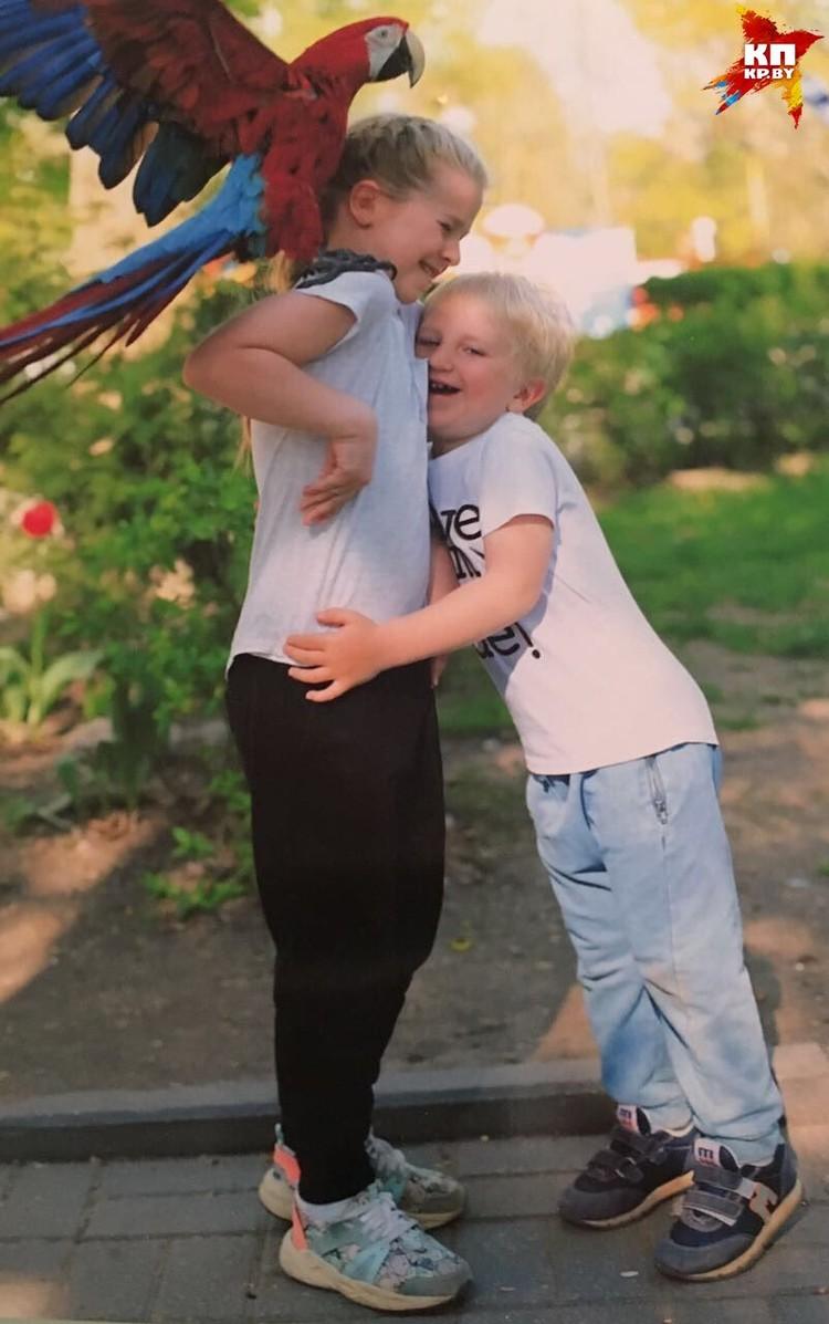 Сын и дочь. Фото: личный архив.
