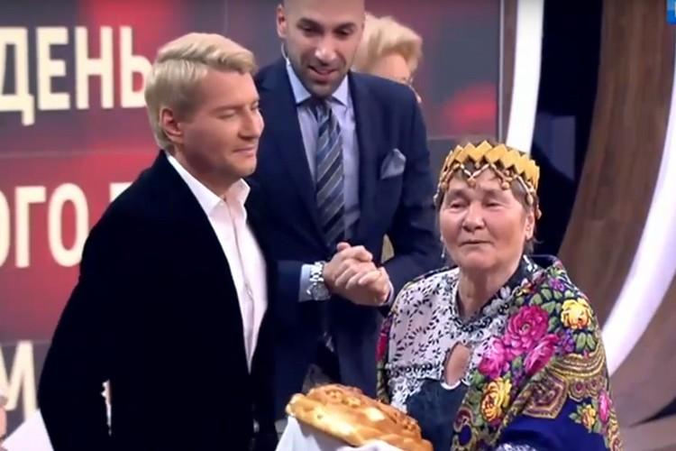 Фото: скрин с видео программы День народного единства с Андреем Малаховым. Прямой эфир от 04.11.17