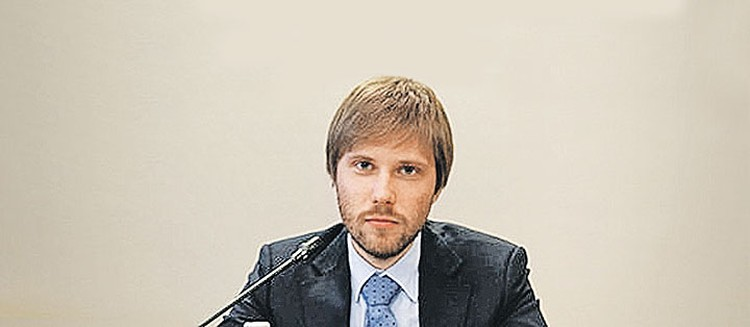 Андрей Костин.
