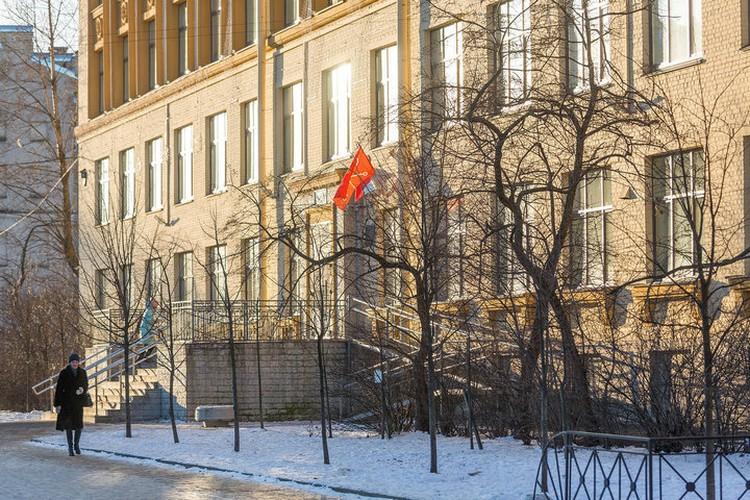 В Петербурге будут проверять охрану в школах