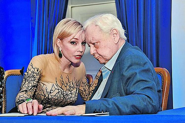 С актрисой Мариной Зудиной Олег Табаков прожил 23 года в счастливом браке.