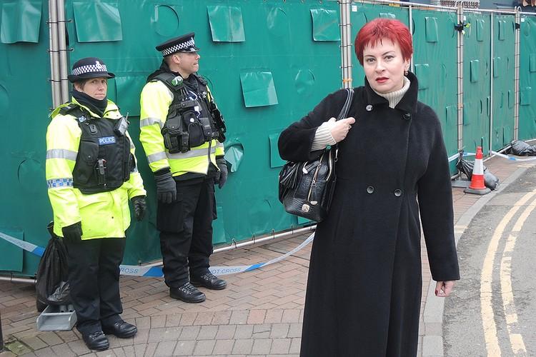 """Журналистка """"КП"""" Дарья Асламова продолжает распутывать таинственное покушение в Солсбери."""