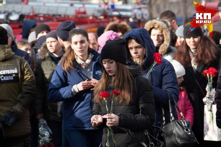 """Трагедия в ТРЦ """"Зимняя вишня"""" стала общей бедой для всей страны. Но не для Вольнова."""