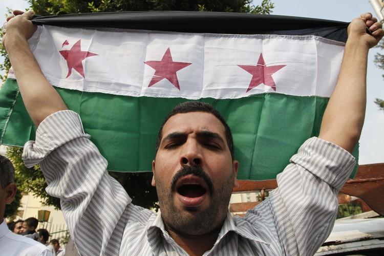 Уличные протесты в Сирии, обернувшиеся гражданской войной, стали следствием Арабской весны 2011 года.