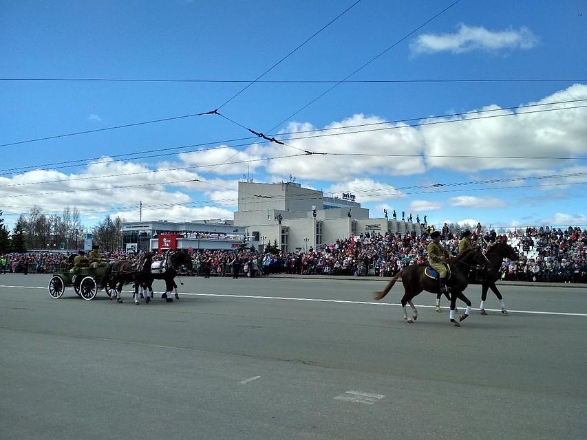 парад победы в ижевске фото результате курс гривны