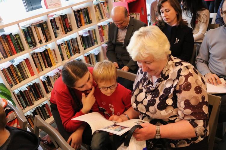 Приложение «Почта Банк. Младший» заинтересовало и юных россиян, и их бабушек