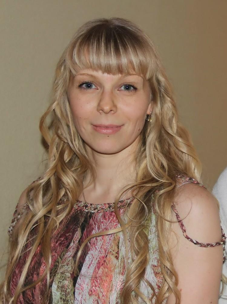 """Наталья Спиридонова: """"У одноклассниц были платья, а я решила заказать в ателье брючный костюм из белого льна"""""""