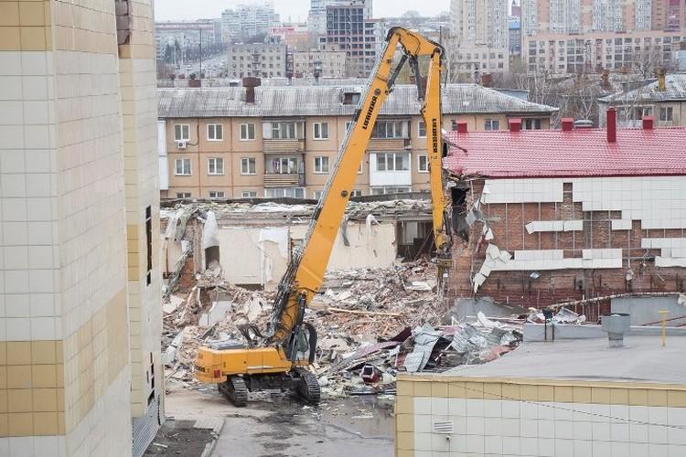 Возможно, вскоре будет возобновлен снос зданий сгоревшего ТРЦ