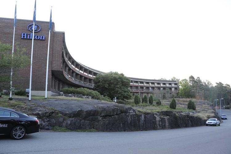 Отель Hilton Kalastajantorppa (Хижина рыбака) в Хельсинки