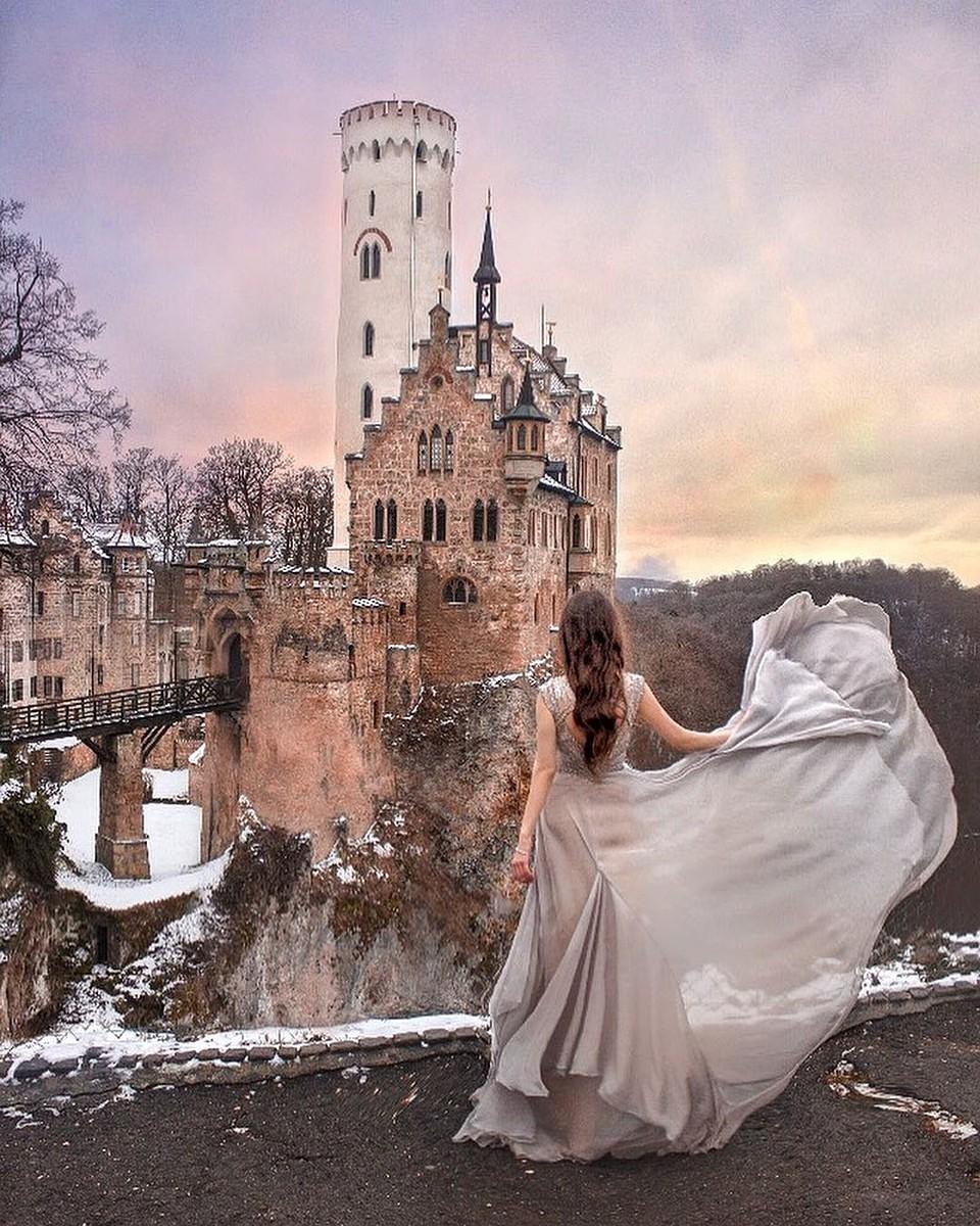 Девушка и замок картинки