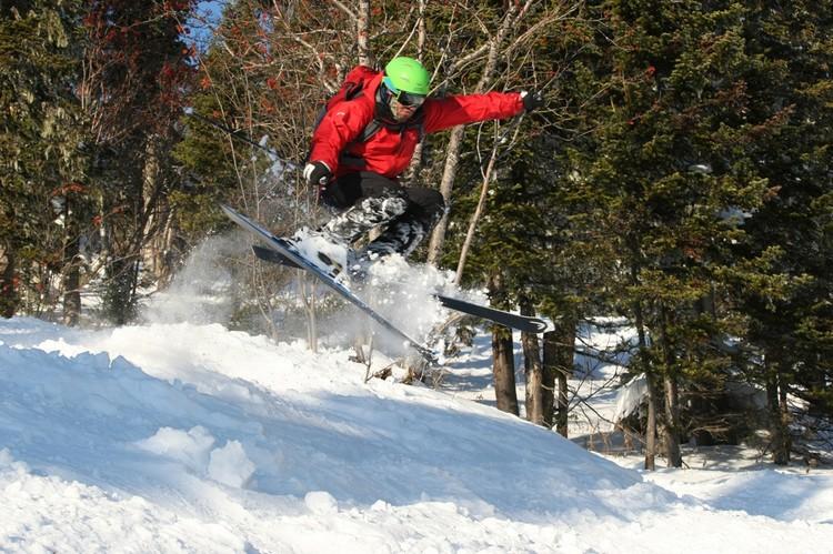 Руслан очень увлекался горными лыжами