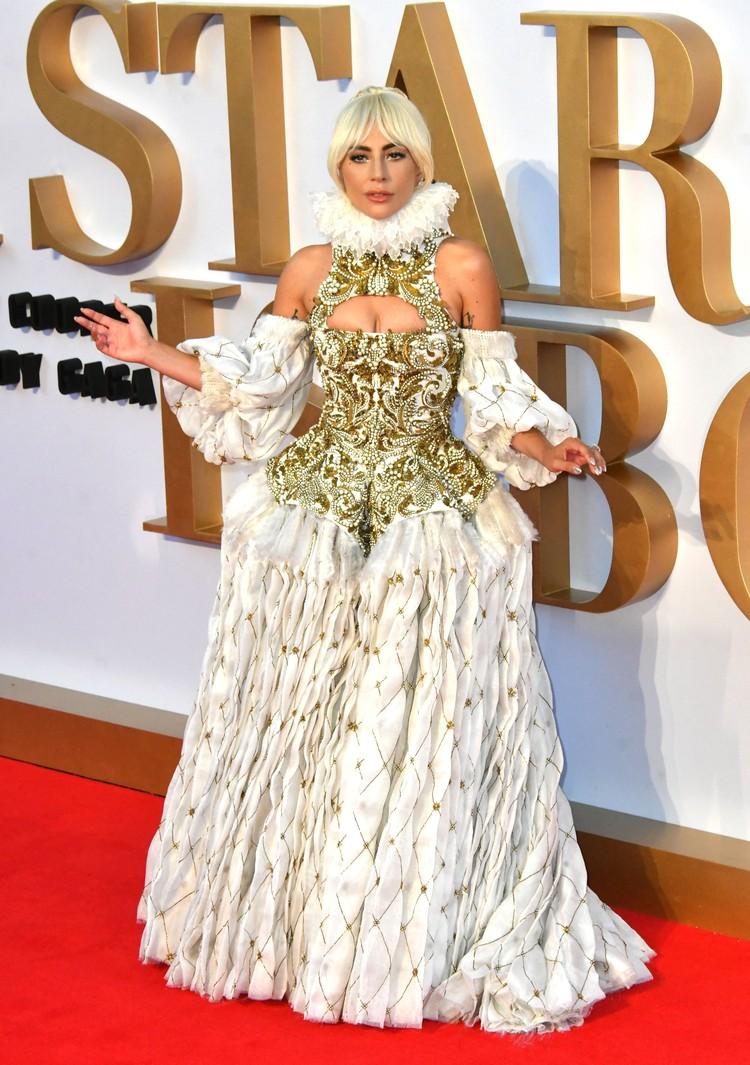Почти два месяца Леди Гага провела в промо-туре своего нового фильма «Звезда родилась».
