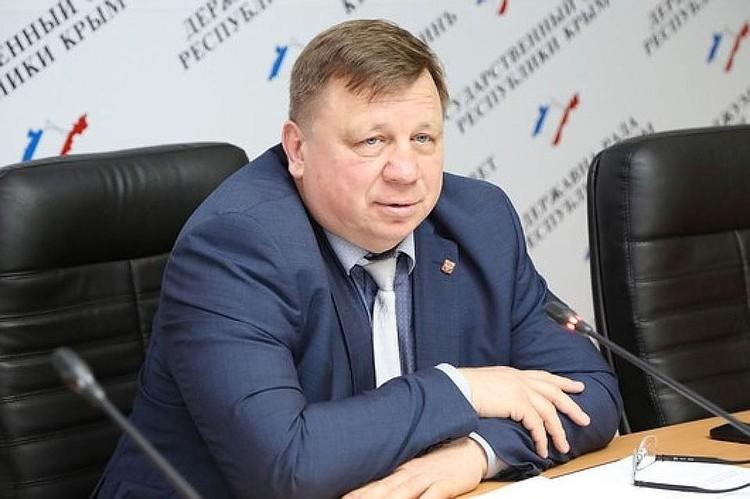 Игорь Лукашев приступил к своим обязанностям в октябре 2017 года. Фото: пресс-служба Госсовета Крыма