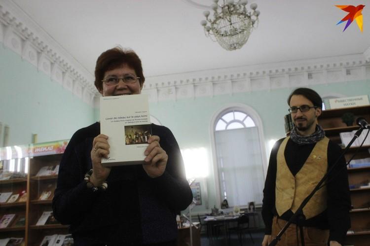 Кандидат филологических наук Елена Останова тепло отзывается о французском ученом