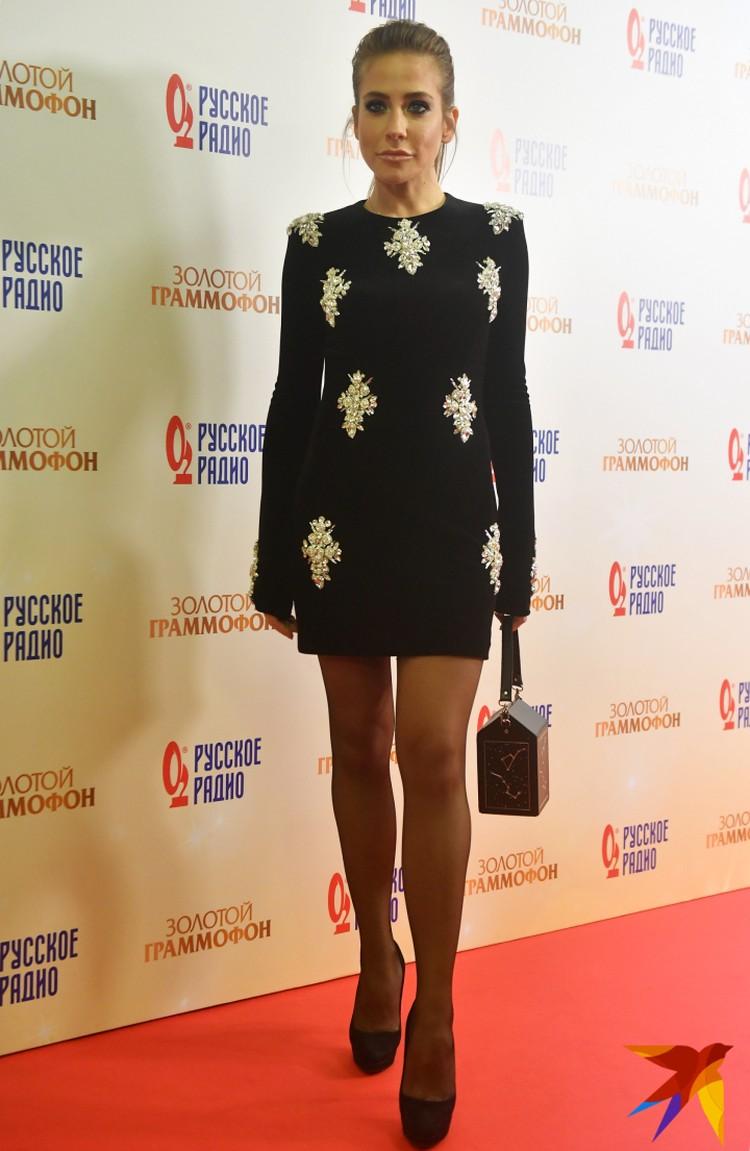 Теперь Юлия Барановская выбирает сексуальные платья и шпильки