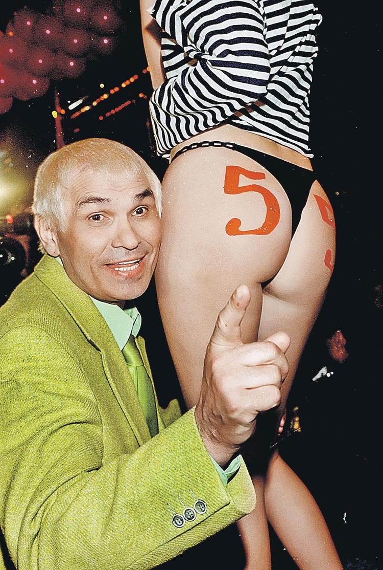 Бари Каримович - мастер пиара и любитель обнаженки.