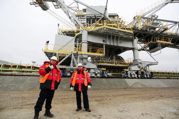 Восточный порт ждет энергичную молодежь на работу. Автор фото: Глеб ИЛЬИНСКИЙ.