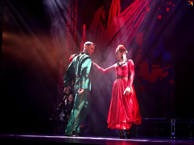 На сцене будут кипеть нешуточные любовные страсти
