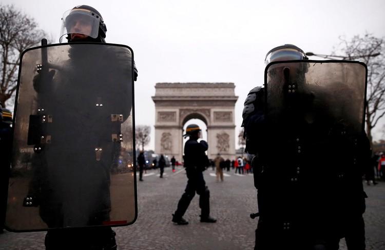 Следующий «акт» протестов ожидается на январских каникулах