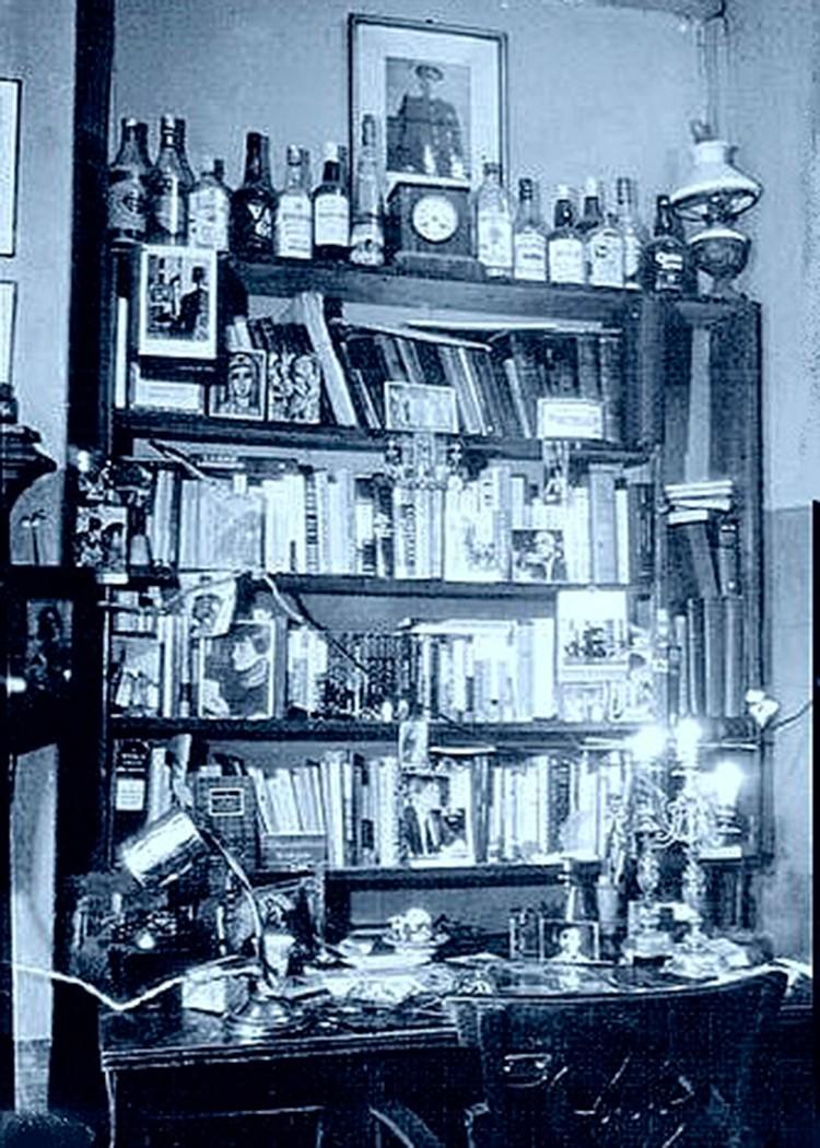 Комната, в которой жил Бродский. Фото: Михаил МИЛЬЧИК