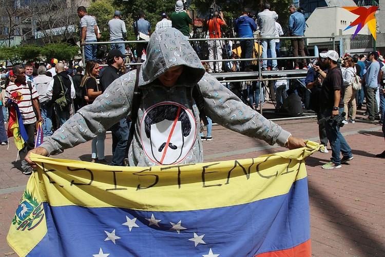 """Геннадий об участниках уличных протестов: """"К сожалению, это зомби. Это материал, с которым работают технологи""""."""