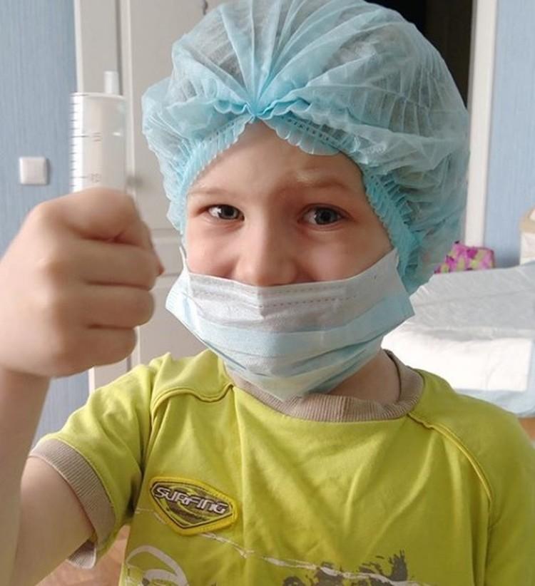 Славик готовится к очередному курсу реабилитации
