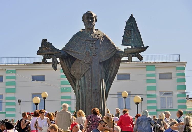 Памятник в Мурманске открыли прошлым летом. Фото: konyukhov.ru