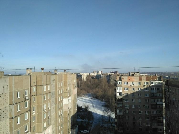 """Стоит дым на """"Вольво-центром"""" Фото: соцсети"""