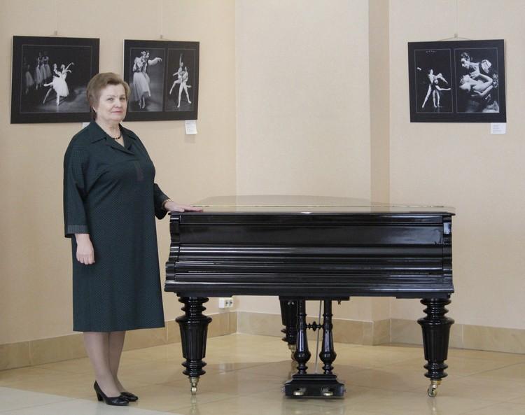Вера Феофановна много лет работала на заводах, но отдохновение для души нашла именно в филармонии.