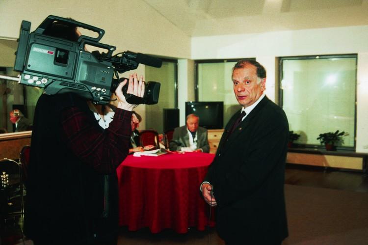 Необыкновенную встречу записывали на камеру. Фото: СПбГУП
