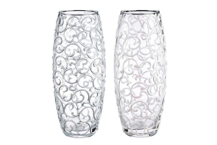 Для украшения интерьера прекрасным подарком станет стеклянная ваза ручной росписи.