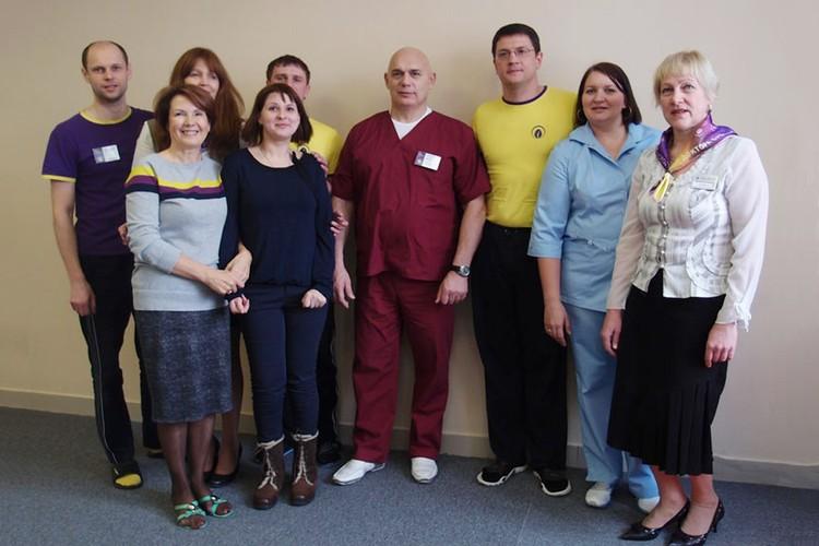 Коллектив вместе с Сергеем Михайловичем Бубновским (в центре).