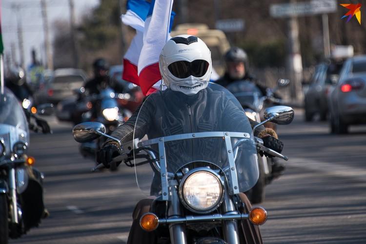 Шлемы и мотоциклы - на любой вкус