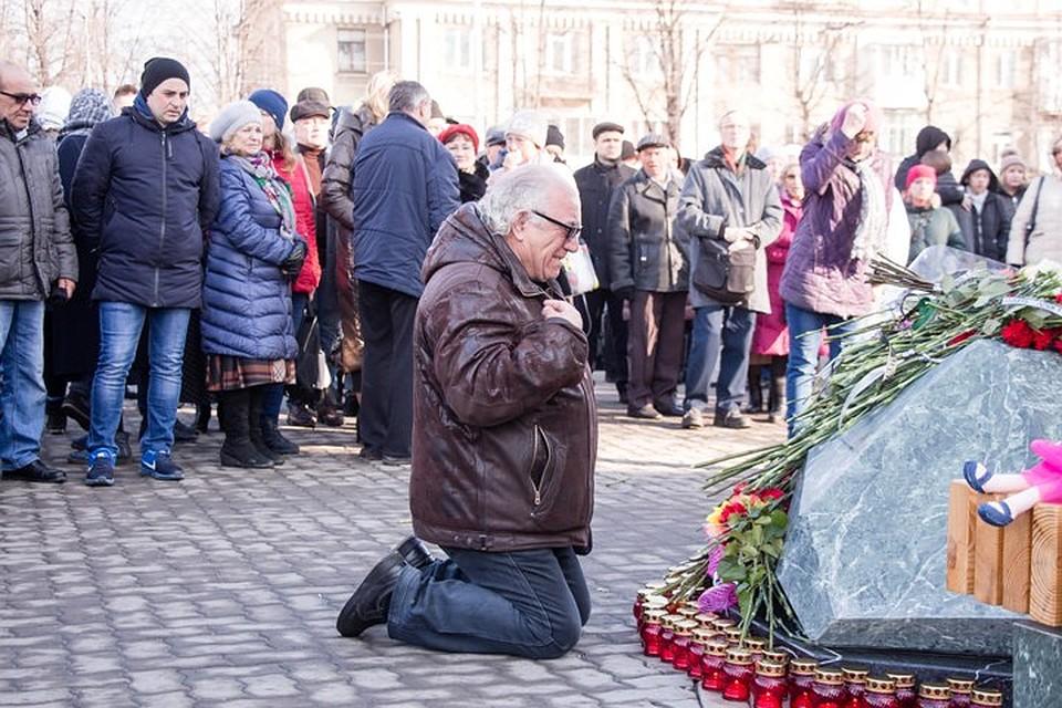 За год боль не утихла и не уменьшилась, для многих, наоборот, стала сильнее Фото: Кирилл ЧАЩИН