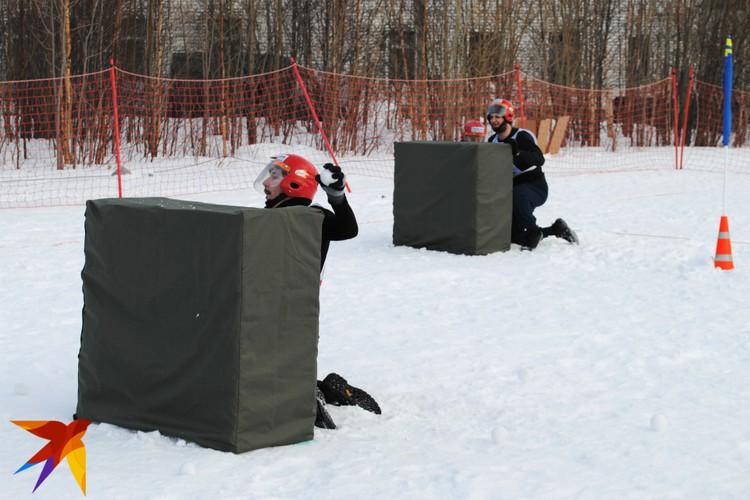 Командная игра в снежки проводится в городе металлургов регулярно с 2014 года.