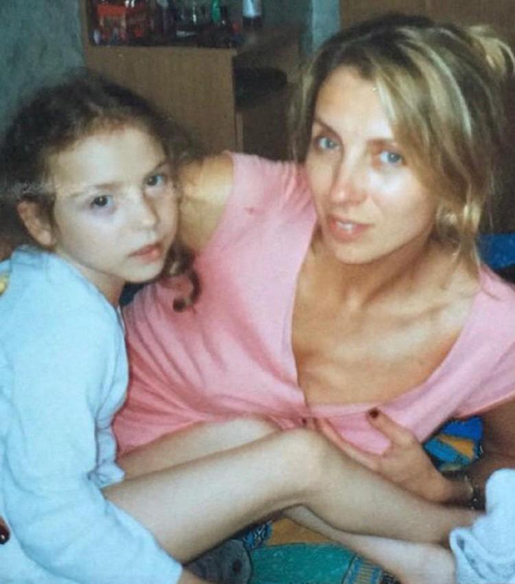 Светлана Бондарчук показала маленькую дочку и растрогала поклонников