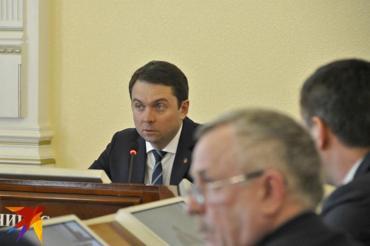Заседания штаба, созданного после авиакатастрофы, проходят в правительстве региона дважды в день.
